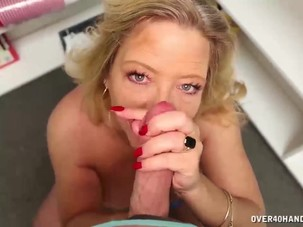 Busty olf lady handjob