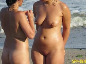 Mature Nude Beach Voyeur Milf..