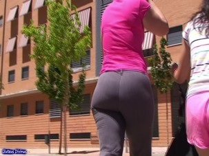SPANISH BIG BUTT MILF