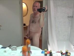 Pervert horny grandpa pee, wank..