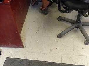 Costumers flip flop walk