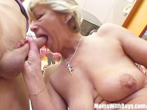 Grandma Miluska Fucking A Young..